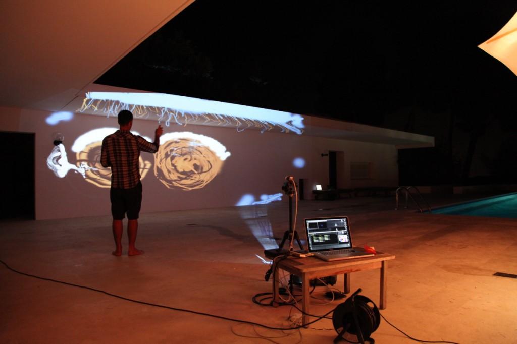 Création du graffiti digital sur mur extérieur