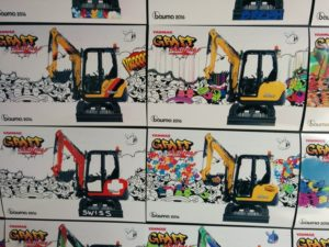 Graffiti sur machine de chantier