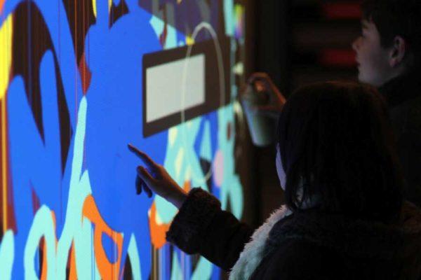 Graffiti digital - écran numérique - animation digitale événement
