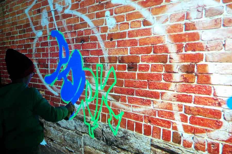 Graffiti numérique - Animation digitale pour événement - Mur graffiti digital
