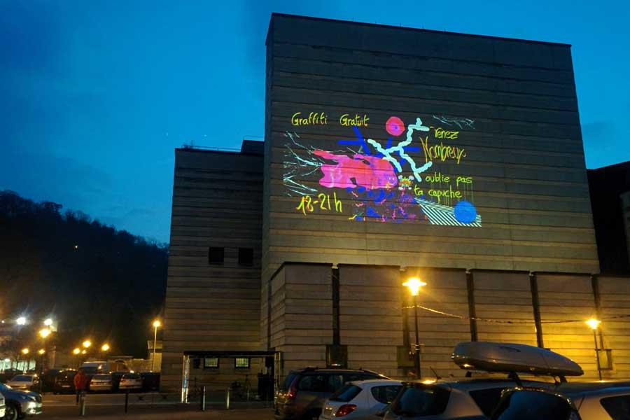 Graffiti numérique - Animation digitale pour événement culturel - Graffiti digital monumental - façade bâtiment