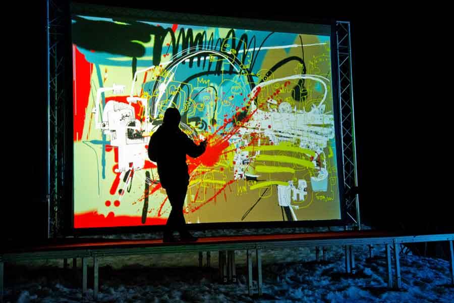 Graffiti numérique - animation digitale événement - mur graffiti digital