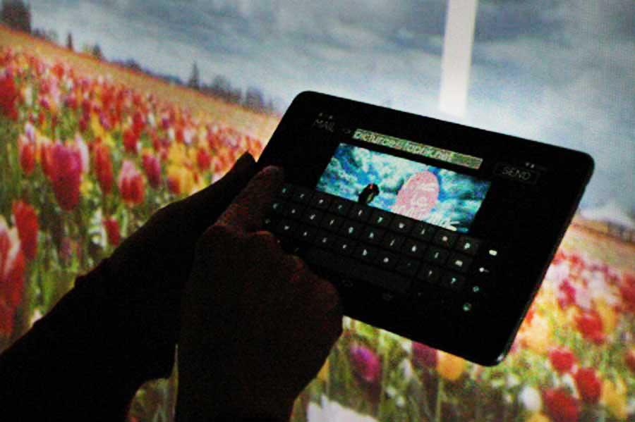 Graffiti numérique - animation digitale événement professionnel - tablette connectée